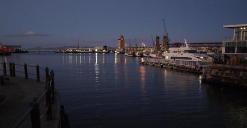 P8030266 harbour